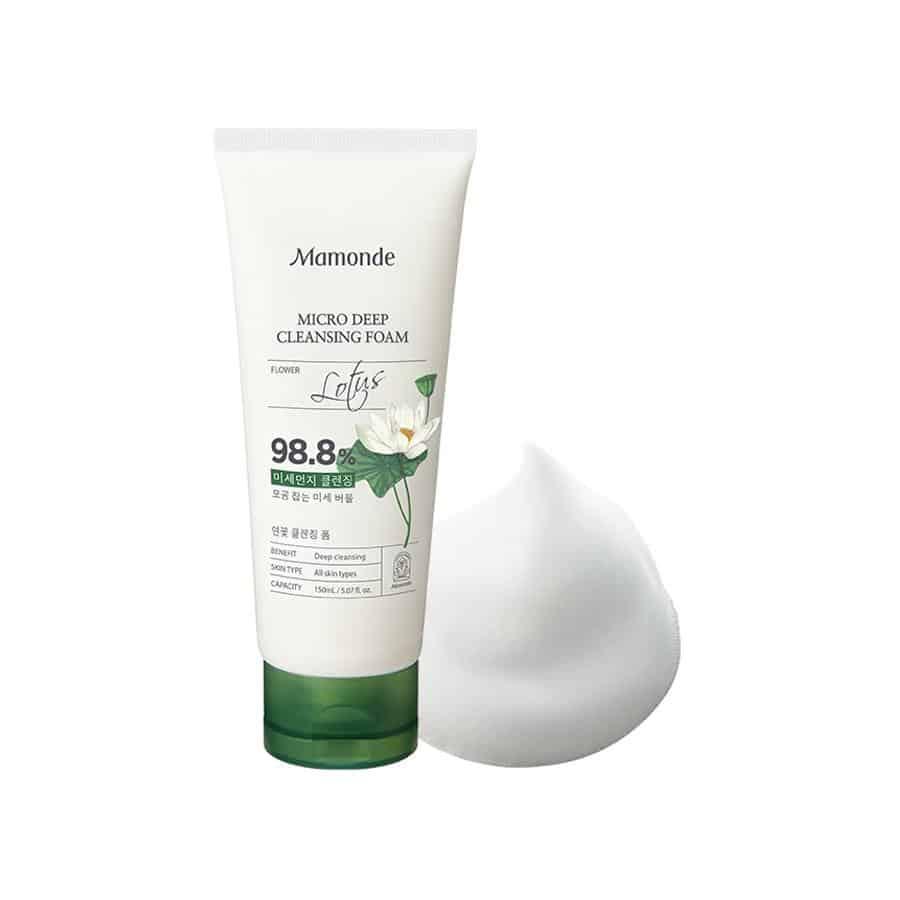 Khả năng tạo bọt giúp làm sạch lỗ chân lông và ngăn ngừa mụn đầu đen hiệu quả